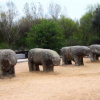 Toros-de-Guisando-en-Avila